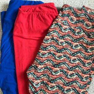 3 pair of leggings